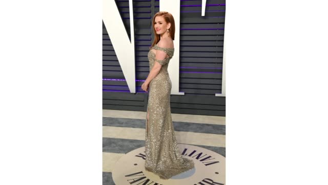 isla fisher attends 2019 vanity fair oscar party hosted by radhika jones at wallis annenberg center for the performing arts on february 24 2019 in... - vanity fair stock videos and b-roll footage