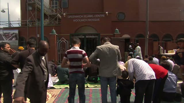 islamic centre in greenwich at greenwich on may 31 2013 in london - moschea video stock e b–roll