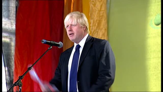 Eid ulFitr festival ENGLAND London Trafalgar Square EXT Boris Johnson speaking from stage at festival SOT Eid mubarak Crowds at Eid ulFitr festival