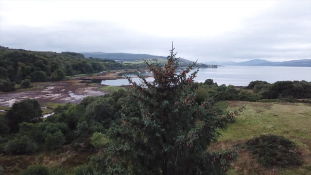 isle of mull drone aerials over water - scottish highlands stock videos & royalty-free footage