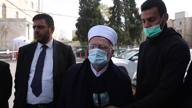 israel on wednesday, march 10, released the preacher of jerusalem's al-aqsa mosque in jerusalem hours after arresting him from his home. israeli... - trivia stock videos & royalty-free footage
