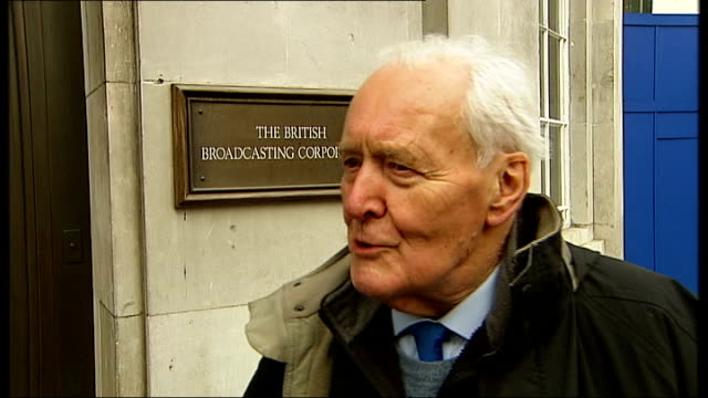 bbc refuses to air gaza appeal tony benn and george galloway interviews england london broadcasting house ext tony benn interview sot asks the bbc to... - tony benn bildbanksvideor och videomaterial från bakom kulisserna