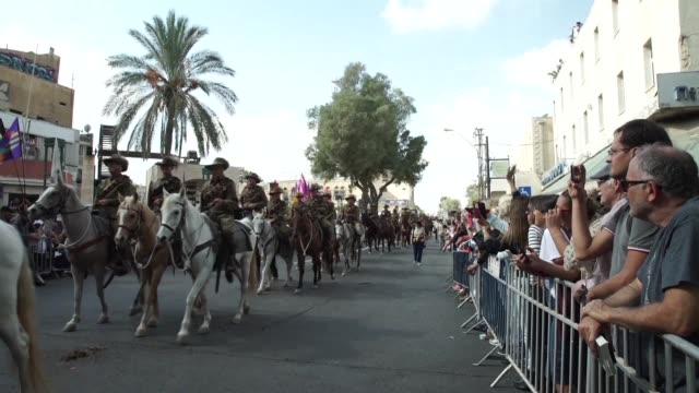 israeli australian and new zealand leaders gathered in southern israel on tuesday to mark the 100th anniversary of a key cavalry charge that helped... - anzac day stock videos & royalty-free footage