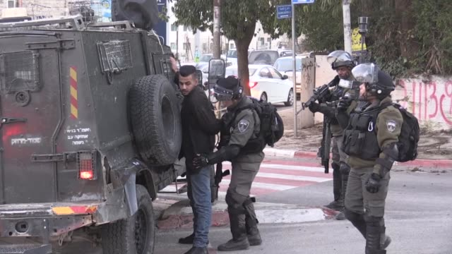 israeli forces raid palestinian houses and shops in ramallah on january 07 2019 - パレスチナ文化点の映像素材/bロール