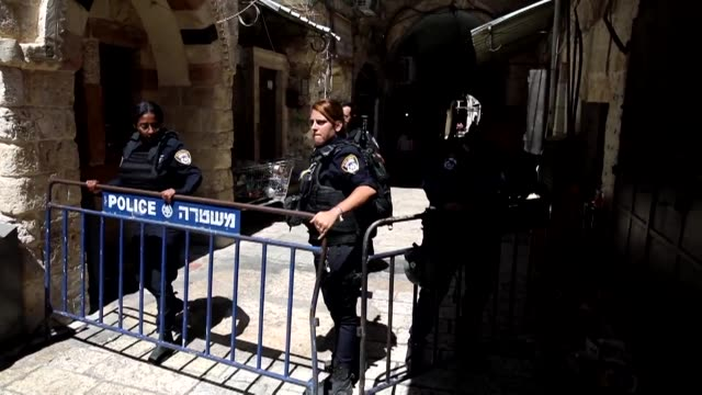 israeli police sealed the gates to jerusalem's flashpoint alaqsa mosque compound after clashes erupted with palestinian worshipers following midday... - midday stock videos and b-roll footage