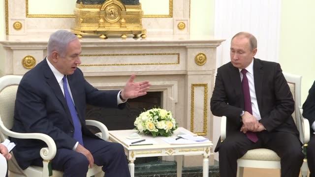 stockvideo's en b-roll-footage met israeli prime minister benjamin netanyahu meets with russian president vladimir putin in moscow just five days ahead of an april 9 israeli general... - minister president