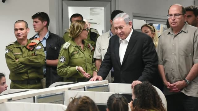 israeli prime minister benjamin netanyahu took part in a nationwide drill on tuesday which saw israelis all over the country practice how to respond... - practice drill stock videos & royalty-free footage