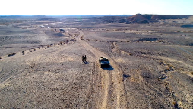 israeli soldiers training in the negev desert, israel - israele video stock e b–roll