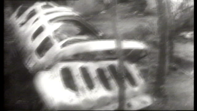 israeli/arab war : 10th day: israeli prisoners; various shots aircraft wreckage, debris on ground - prisoner stock videos & royalty-free footage
