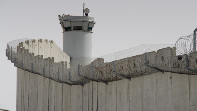 israel's west bank barrier. - israel stock-videos und b-roll-filmmaterial