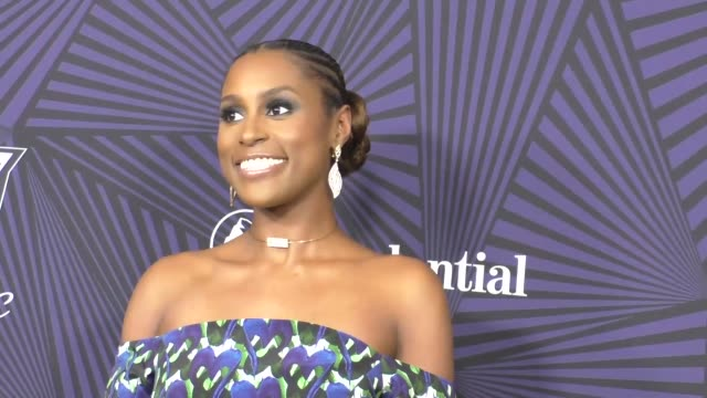 issa rae at the bet 2017 american black film festival honors awards at the beverly hilton hotel on february 17 2017 in beverly hills california - 光栄点の映像素材/bロール