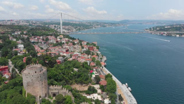 istanbul, bosphorus and fatih sultan mehmet bridge - bosphorus stock videos & royalty-free footage
