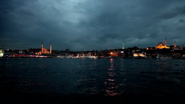 istanbul cityscape at night - yeni cami mosque stock videos & royalty-free footage