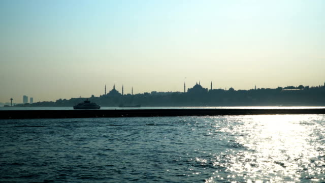 4k: istanbul, turkey, topkapi palace, hagia sophia, sultan ahmet camii - blue mosque - stock video - eminonu district stock videos and b-roll footage