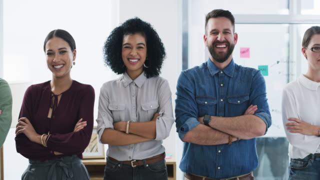 it takes a team to run a business - unità video stock e b–roll