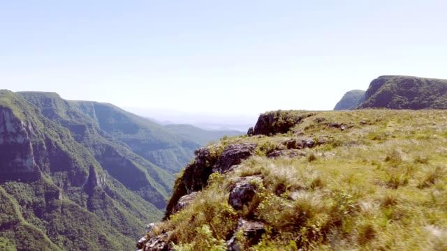 itaimbezinho canyon in cambará do sul, rs, brazil - canyon stock videos & royalty-free footage