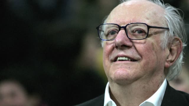 vídeos de stock e filmes b-roll de italia llora a uno de sus intelectuales mas ilustres el dramaturgo dario fo premio nobel de literatura en 1997 quien fallecio el jueves a los 90 anos... - literatura