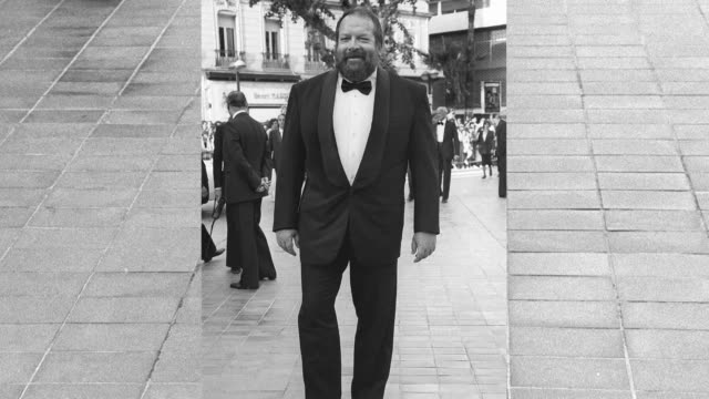 vídeos y material grabado en eventos de stock de italian actor bud spencer who starred in a string of spaghetti westerns including they call me trinity with terence hill dies in rome aged 86 - western usa