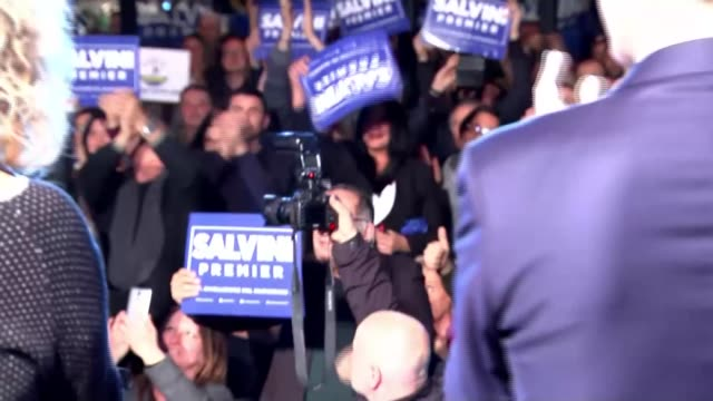 italian election leaves hung parliament matteo salvini along on stage at rally matteo salvini interview sot the euro is a german currency designed... - ethnische zugehörigkeit stock-videos und b-roll-filmmaterial