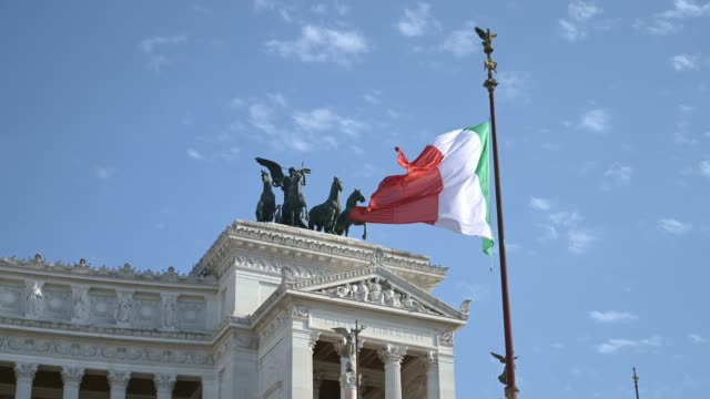 italian flag and altar of the fatherland, rome - world war one stock videos & royalty-free footage