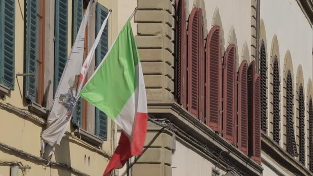 Italian flag on Via Del Ariento, Florence, Tuscany, Italy, Europe