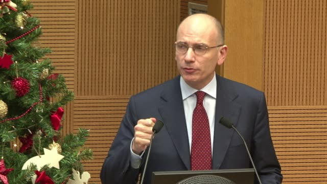 stockvideo's en b-roll-footage met italian prime minister enrico letta admitted monday his country was suffering from social fatigue but said his government had brought a stability... - laten zakken