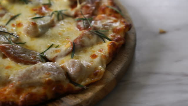 italian sausage pizza - rustic stock videos & royalty-free footage