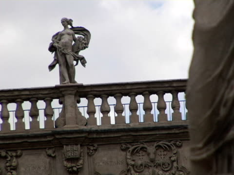 cu, zo, ms, la, italy, verona, statue and fountain on piazza delle erbe - female likeness stock videos & royalty-free footage
