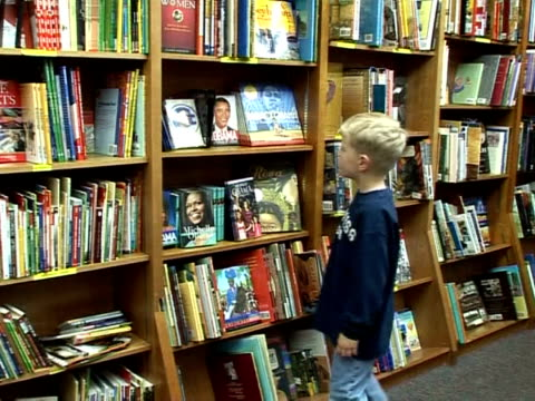 it's a phenomenon in american bookstores: barack obama appears as the hero on the cover of a growing number of works of children's literature from... - literature stock videos & royalty-free footage