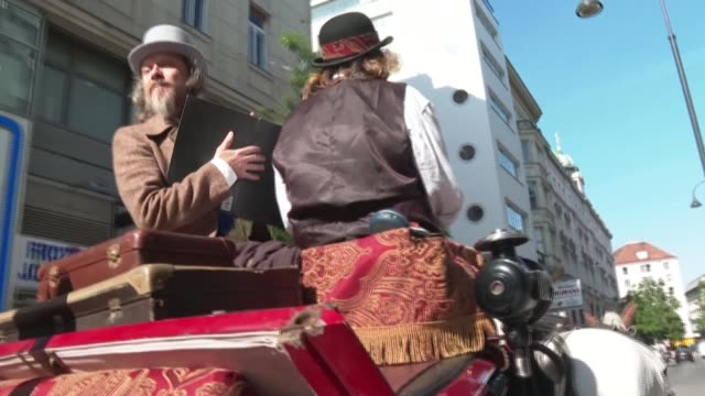 it's an institution in austria's capital city, but faced with a lack of tourists and a drop in income due to the covid-19 pandemic, horse-drawn... - horsedrawn stock videos & royalty-free footage