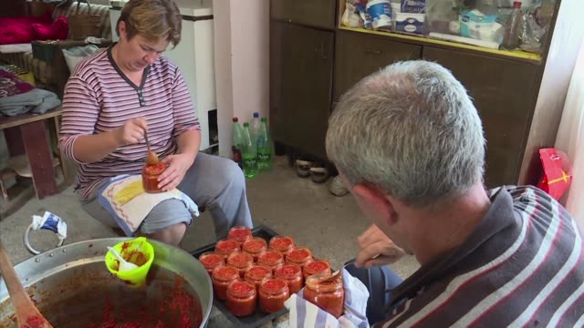 It's autumn in the Balkans which means one thing it's time to make ajvar