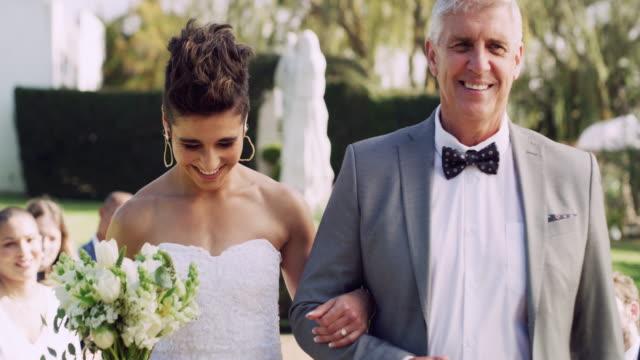 それはすべての父親の最大の夢です - 花嫁点の映像素材/bロール