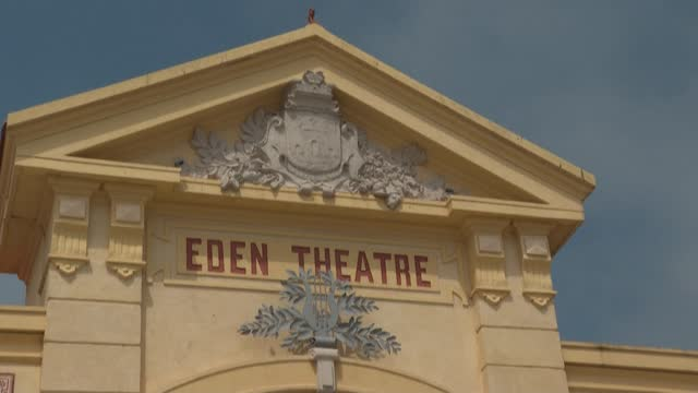 FRA: World's oldest-known cinema still operating in southern France