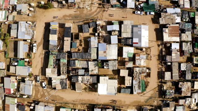 vidéos et rushes de c'est un endroit bondé - république d'afrique du sud