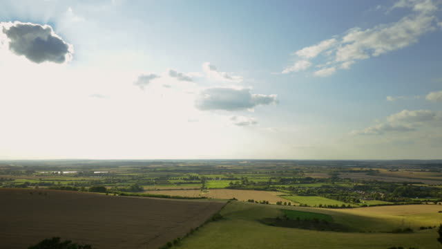 ivinghoe beacon - horizon stock-videos und b-roll-filmmaterial