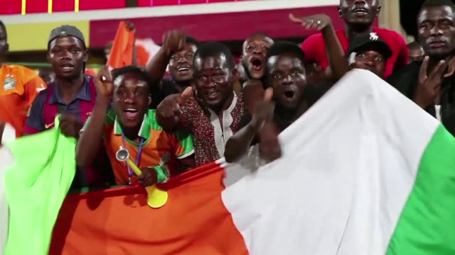 Ivory Coast ride their luck as they creep closer to a fourth consecutive World Cup appearance by drawing 00 away to Mali in a 2018 Africa zone...