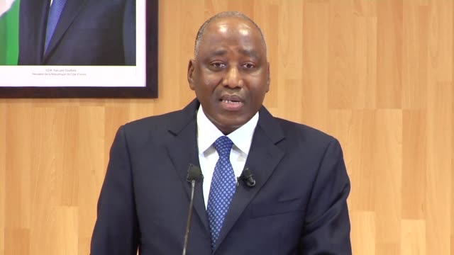 vídeos de stock, filmes e b-roll de ivory coast's debt which raised around 15 billion euros on the eurobond financial markets will increase from 421% to 426% of gdp says prime minister... - produto interno bruto