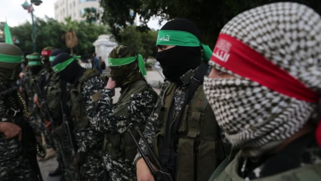 izz addin alqassam brigades military wing of hamas movement hold a commemoration ceremony for hamas member tunisian aircraft engineer muhammed... - hamas stock videos & royalty-free footage