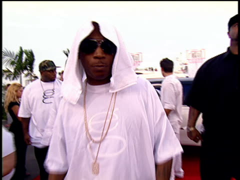 Ja Rule on the 2004 MTV Video Music Awards red carpet