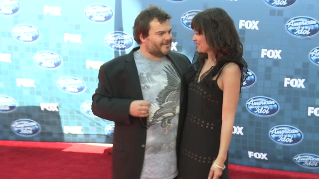 jack black and tanya haden at the fox's 'american idol 2011' finale results show at los angeles ca - results show stock videos & royalty-free footage