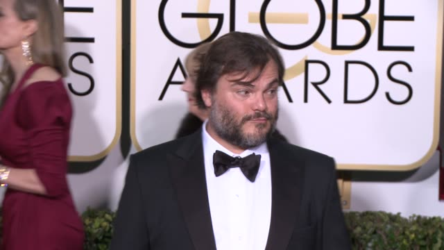 vídeos de stock e filmes b-roll de jack black at the 72nd annual golden globe awards - arrivals at the beverly hilton hotel on january 11, 2015 in beverly hills, california. - the beverly hilton hotel