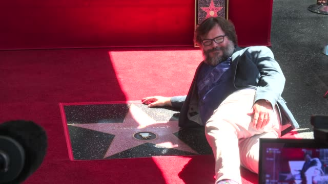 jack black at the jack black honored with a star on the hollywood walk of fame on september 18 2018 in hollywood california - berühmtheit stock-videos und b-roll-filmmaterial