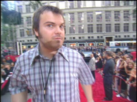 jack black attending the 2003 mtv mtv video music awards red carpet. - 2003 stock videos & royalty-free footage