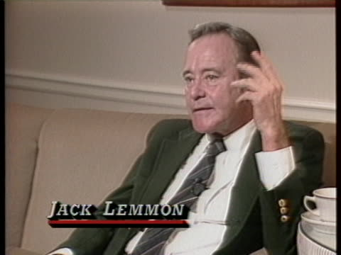jack lemmon discusses marilyn monroe in a medium shot. he states there was some quality that she created nobody else. - actor stock-videos und b-roll-filmmaterial