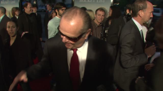 stockvideo's en b-roll-footage met jack nicholson at the 'the bucket list' premiere at the cinerama dome at arclight cinemas in hollywood california on december 16 2007 - première