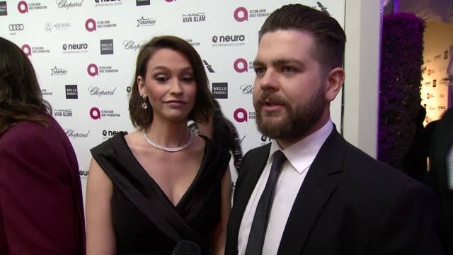 vídeos de stock, filmes e b-roll de interview jack osbourne on being at the event and on elton john at the 23rd annual elton john aids foundation academy awards viewing party sponsored... - festa do oscar