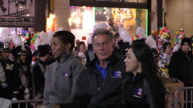 jack scalia on hollywood blvd at the 85th annual hollywood christmas parade in hollywood in celebrity sightings in los angeles - sfilata di natale di hollywood video stock e b–roll