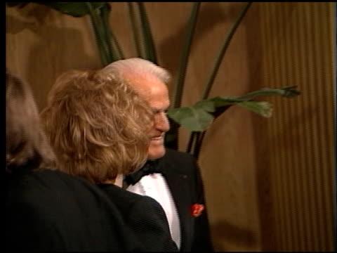 jack valenti at the afi awards honoring robert wise at the beverly hilton in beverly hills, california on february 19, 1998. - robert wise bildbanksvideor och videomaterial från bakom kulisserna