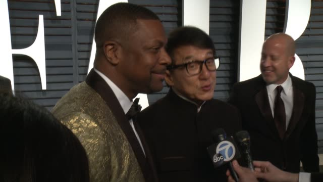 jackie chan and chris tucker at 2017 vanity fair oscar party hosted by graydon carter on february 26, 2017 in beverly hills, california. - jackie chan stock videos & royalty-free footage