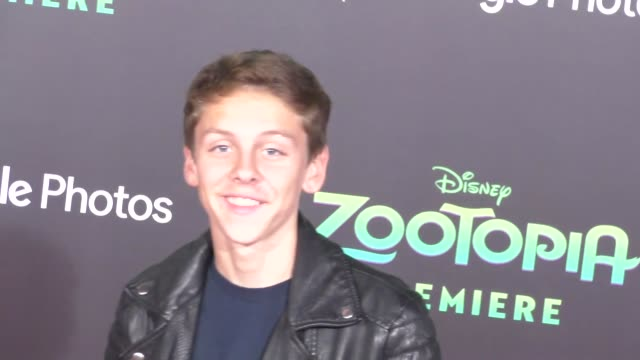 vidéos et rushes de jacob bertrand at the zootopia premiere at el capitan theatre in hollywood at celebrity sightings in los angeles on february 17 2016 in los angeles... - cinéma el capitan